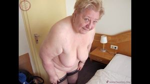 OmaGeiL Homemade Granny BBW Pictures..