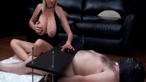 Busty MILF punishes hard cock