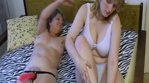 OmaHoteL Mature and Granny Lesbian Adult..
