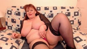 BBW Mature redhead having a good time!!