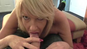 Oral MILF Pleases Younger Man